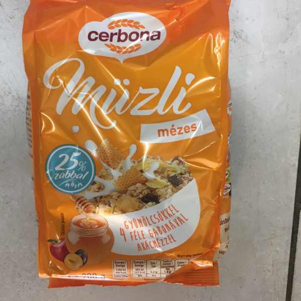 Müzli 200g mézes Cerbona – Muesli with honey